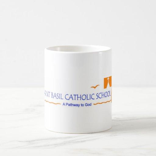 Taza de café de la albahaca del santo