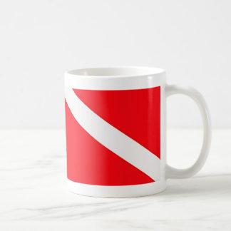 Taza de café de la bandera de la zambullida