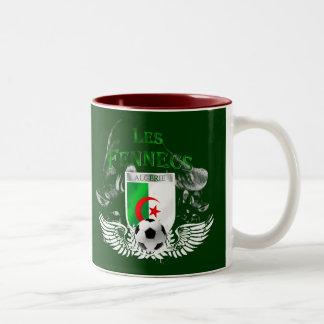 Taza de café de la bandera del atontamiento Les