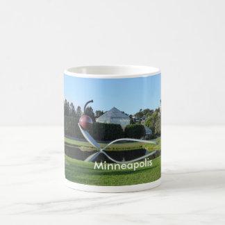 Taza de café de la cereza de Minneapolis y de la