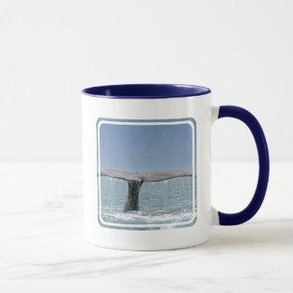 Taza de café de la cola de la ballena