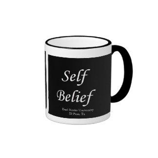 Taza de café de la creencia del uno mismo