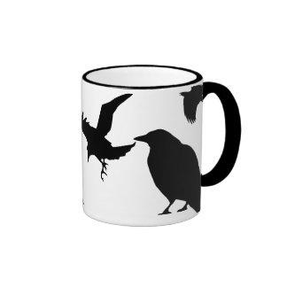 Taza de café de la danza del cuervo