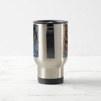 Taza de café de la flor de la magnolia