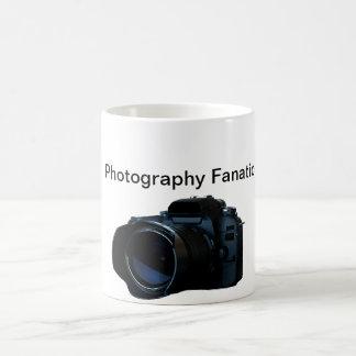 Taza de café de la fotografía de la cámara