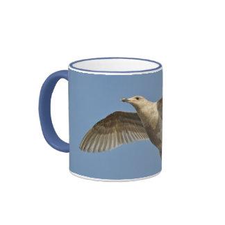 Taza de café de la impresión de la gaviota del vue