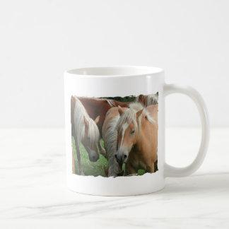 Taza de café de la manada del Palomino