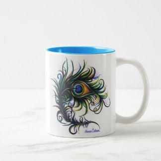 Taza de café de la pluma del pavo real