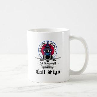 Taza de café de la RATA F-4 - (color claro)