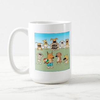 Taza de café de la regla de los perros
