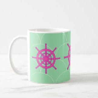 Taza de café de la rueda de la nave