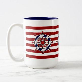 Taza de café de la rueda de la nave náutica