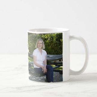 Taza de café de la tarjeta de visita de Newcombe d