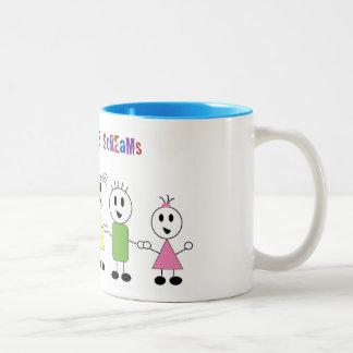 Taza de café de las risitas y de los gritos