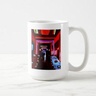 Taza de café de las sombras rojas