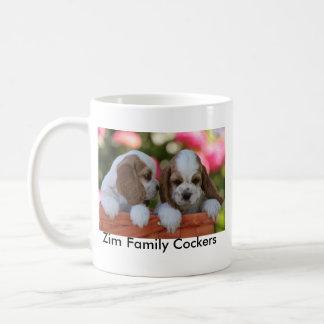 Taza de café de los cocker de la familia de Zim