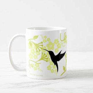 Taza de café de los colibríes