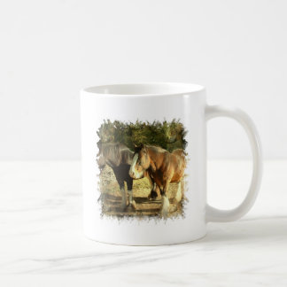 Taza de café de los pares del caballo de proyecto