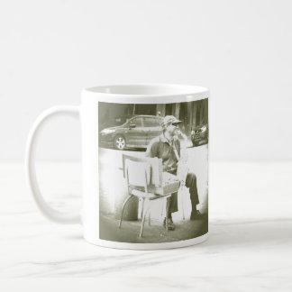 Taza de café de New Orleans del jugador del jazz