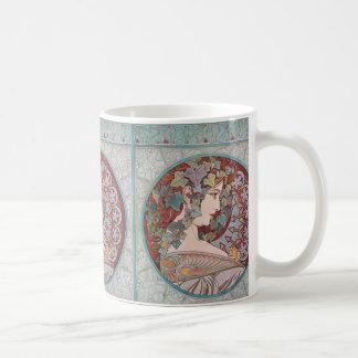 Taza de café de Nouveau del arte de la hiedra de A