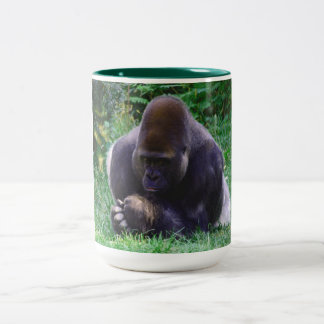 Taza de café de rogación del gorila