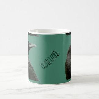 Taza de café del amante del cuervo