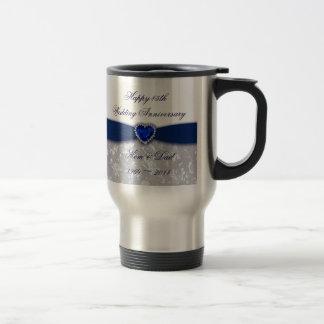 Taza de café del aniversario de boda del damasco