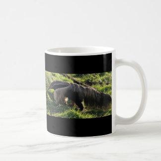 Taza de café del Anteater gigante