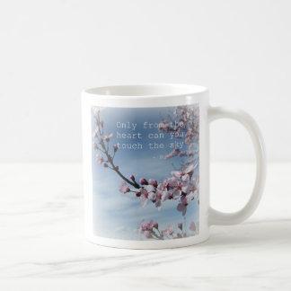Taza de café del árbol floreciente del zen de la f