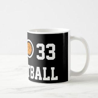 Taza de café del baloncesto del número 33 el |
