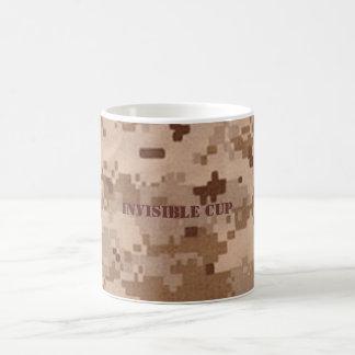 Taza de café del camuflaje