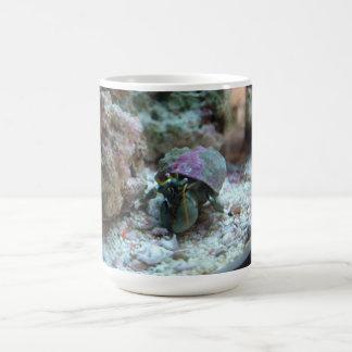 Taza de café del cangrejo de ermitaño
