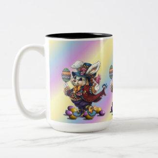Taza de café del conejito de Tailcoat pascua del
