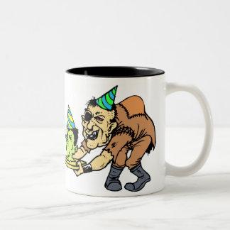 """""""Taza de café del cumpleaños del monstruo"""" Taza De Dos Tonos"""