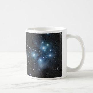 Taza de café del cúmulo de estrellas M-45 del CAAS