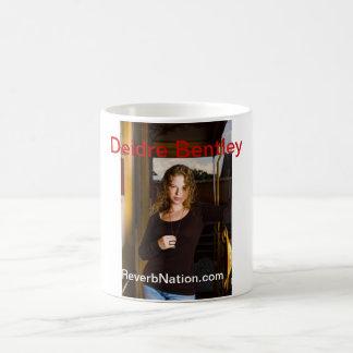 "Taza de café del estilo de ""Deidre Bentley"" Megan"
