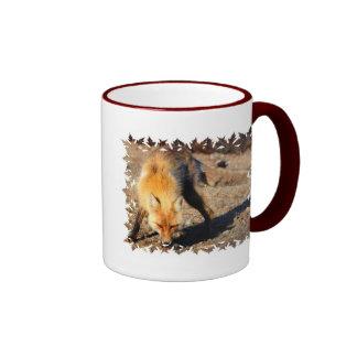 Taza de café del hábitat del Fox rojo