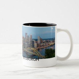 Taza de café del horizonte de Pittsburgh