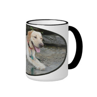 Taza de café del labrador retriever