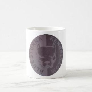 Taza de café del logotipo de BSK