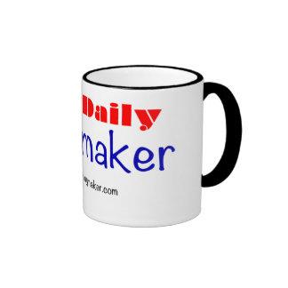 Taza de café del logotipo del ADO