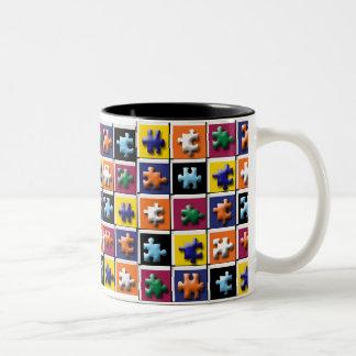 Taza de café del misterio del rompecabezas
