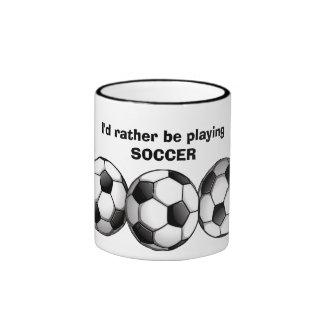 Taza de café del modelo del fútbol