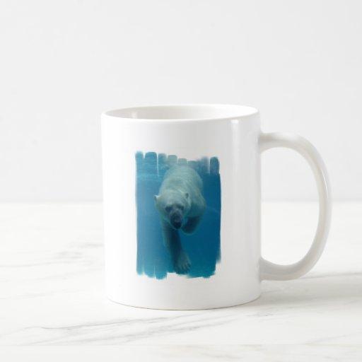 Taza de café del oso polar que nada