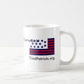 Taza de café del patriota de la tríada