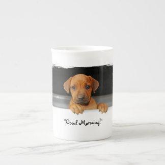 Taza de café del perrito de Rhodesian Ridgeback Taza De Porcelana
