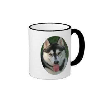 Taza de café del perro de trineo