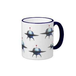 Taza de café del platillo volante