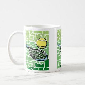 Taza de café del tenis