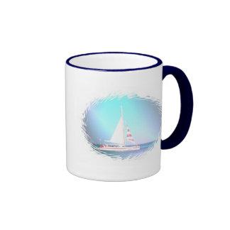 Taza de café del velero del catamarán